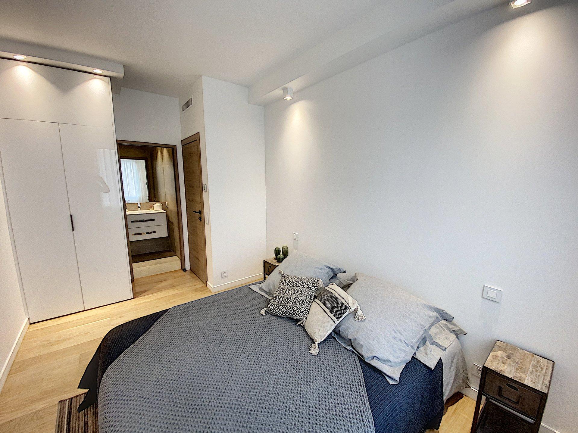 Cannes Armenonville 3 P 64 m² avec balcon