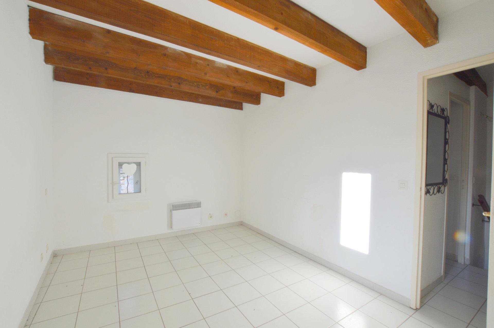 Appartement 4 Pièces  Lunel-Viel