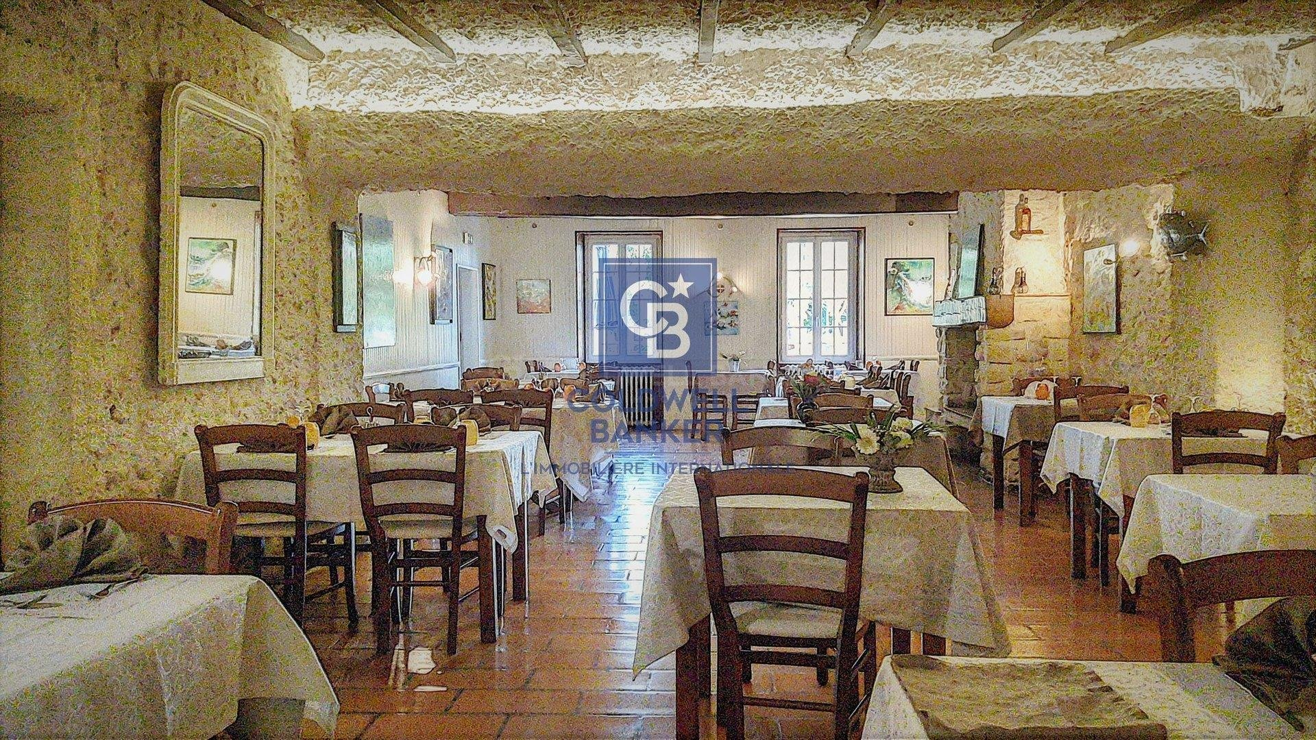 Good Will restaurant, building and lodging for Sale