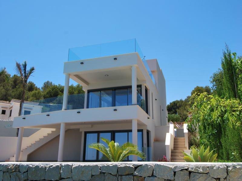 Modern villa on the beachfront