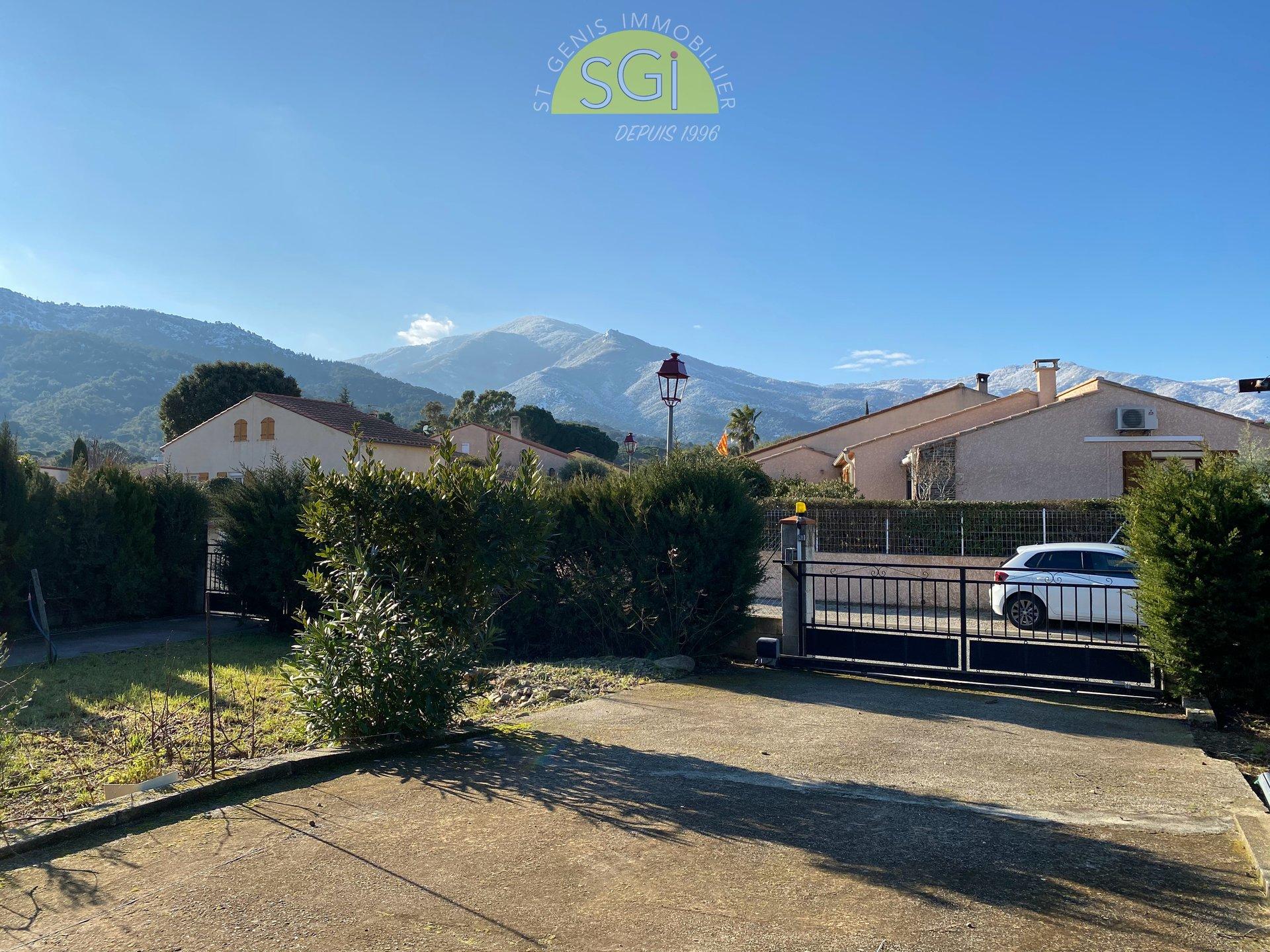 Villa 4 faces de plain-pied avec vue sur les Albères