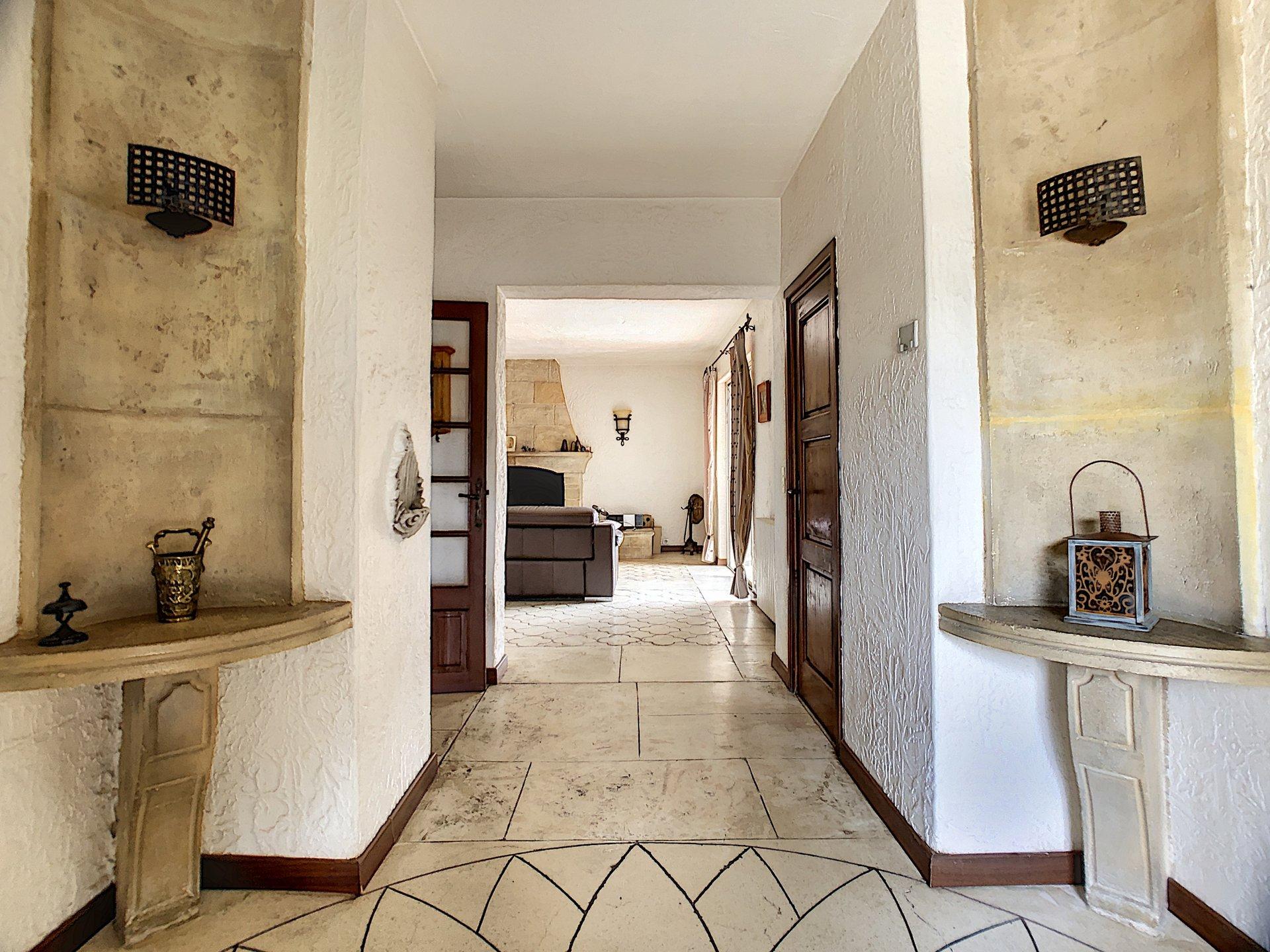 Auribeau Sur Siagne, Villa de caractère 4 chambres, bel environnement
