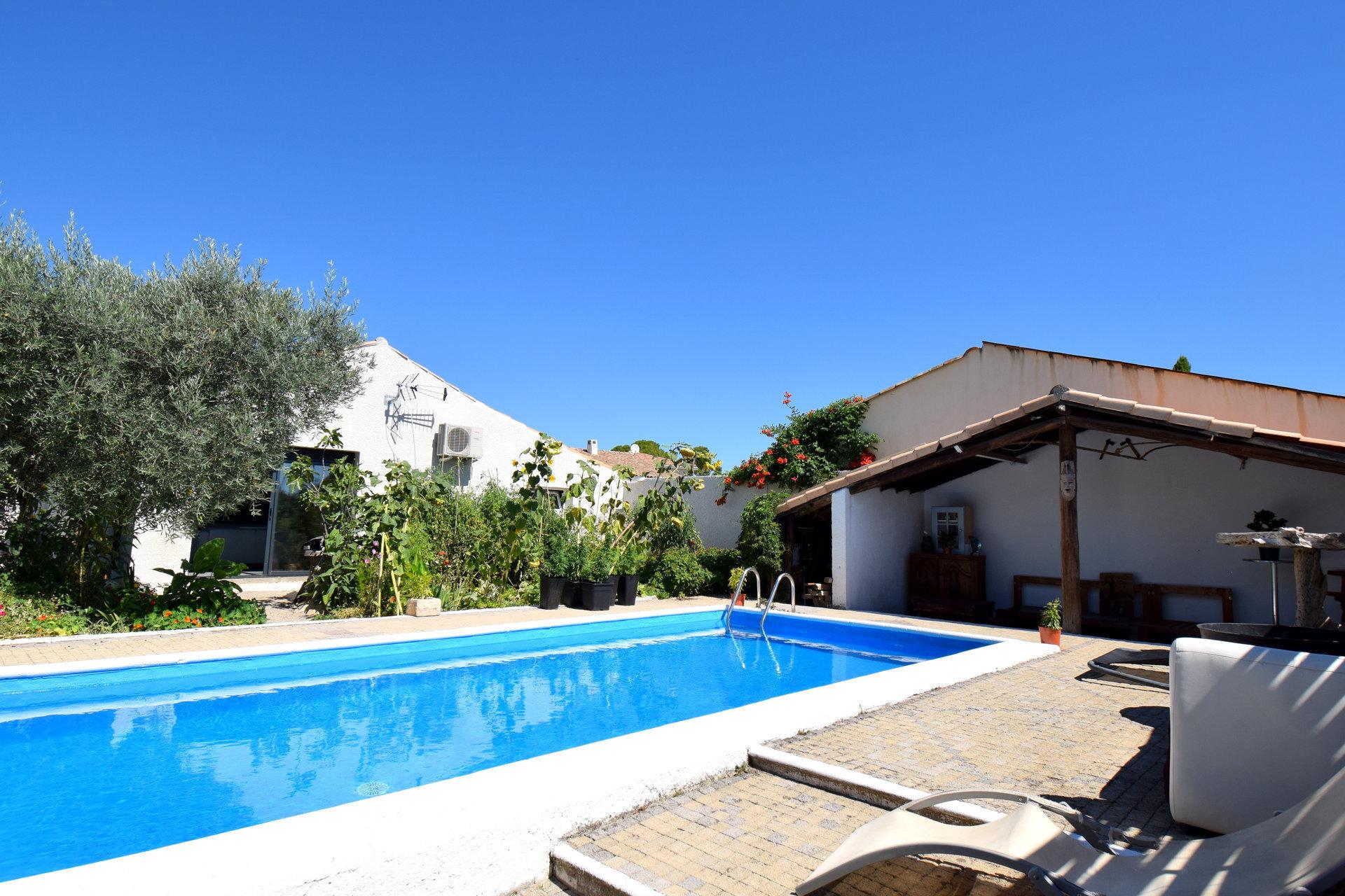 ST ANDRE DE SANGONIS Belle Maison 3 Chambres avec piscine Terrain 450m²