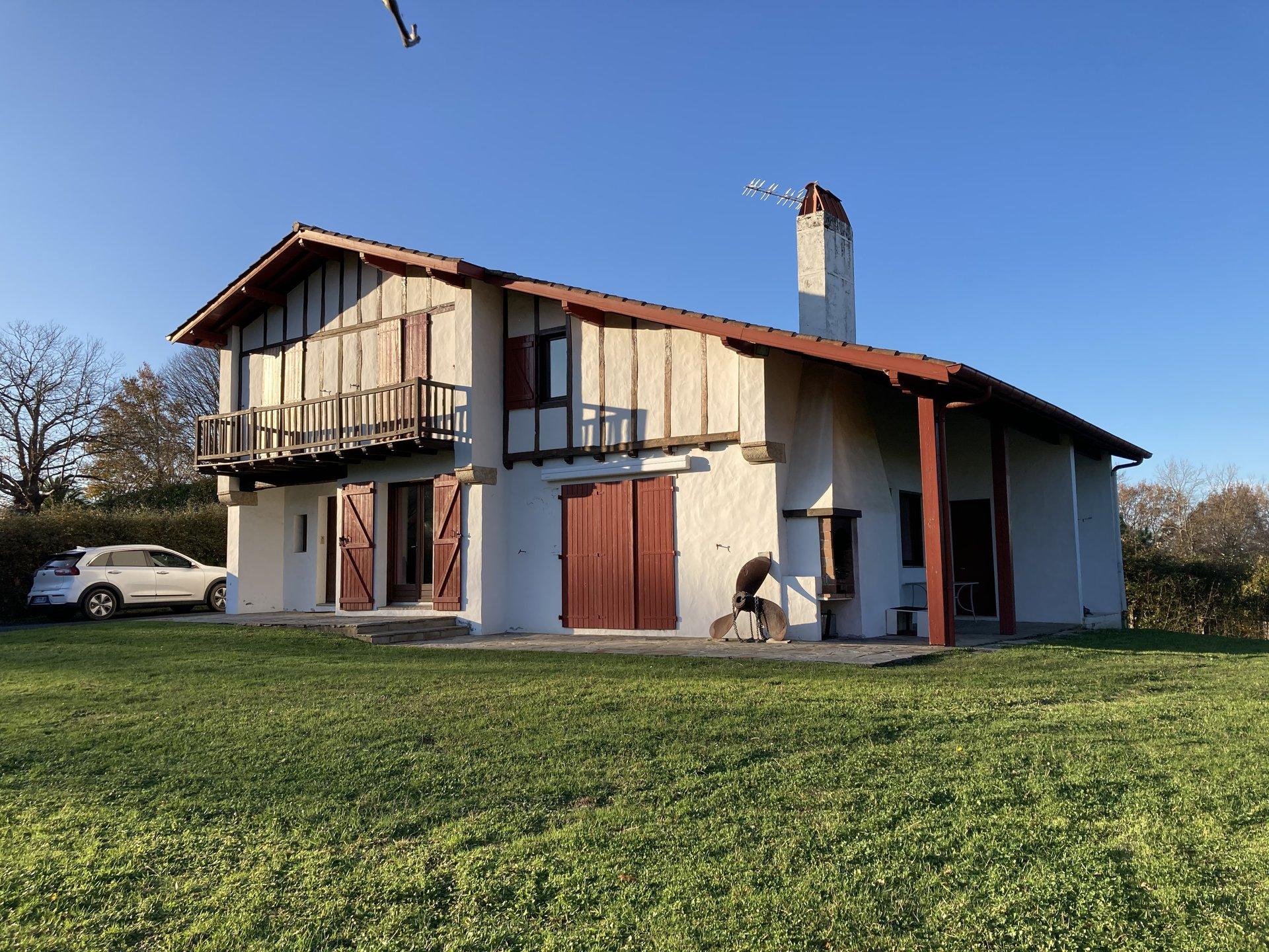 Venta Casa - Ascain