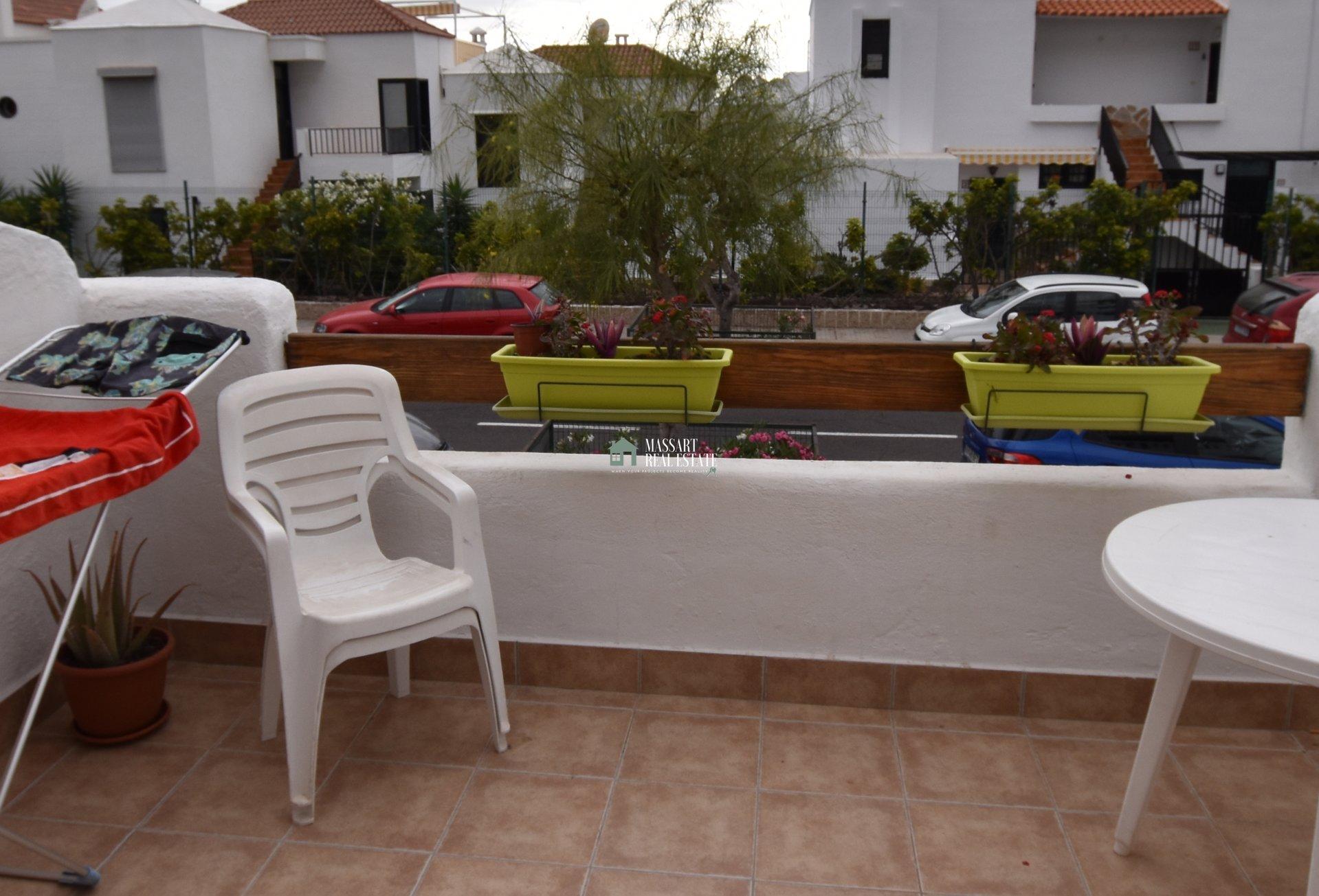 Acogedor estudio completamente amueblado ubicado en Los Cristianos, en el complejo residencial Port Royale.