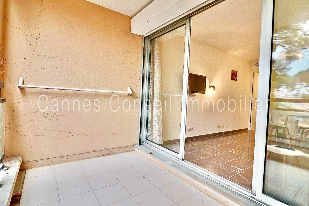 Rental Apartment - Cannes-la-Bocca Bord de mer