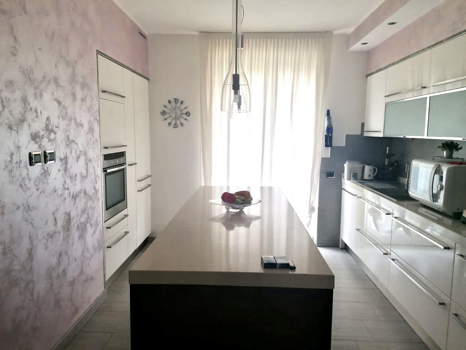 Sale Twin Villa - Olgiate Comasco - Italy