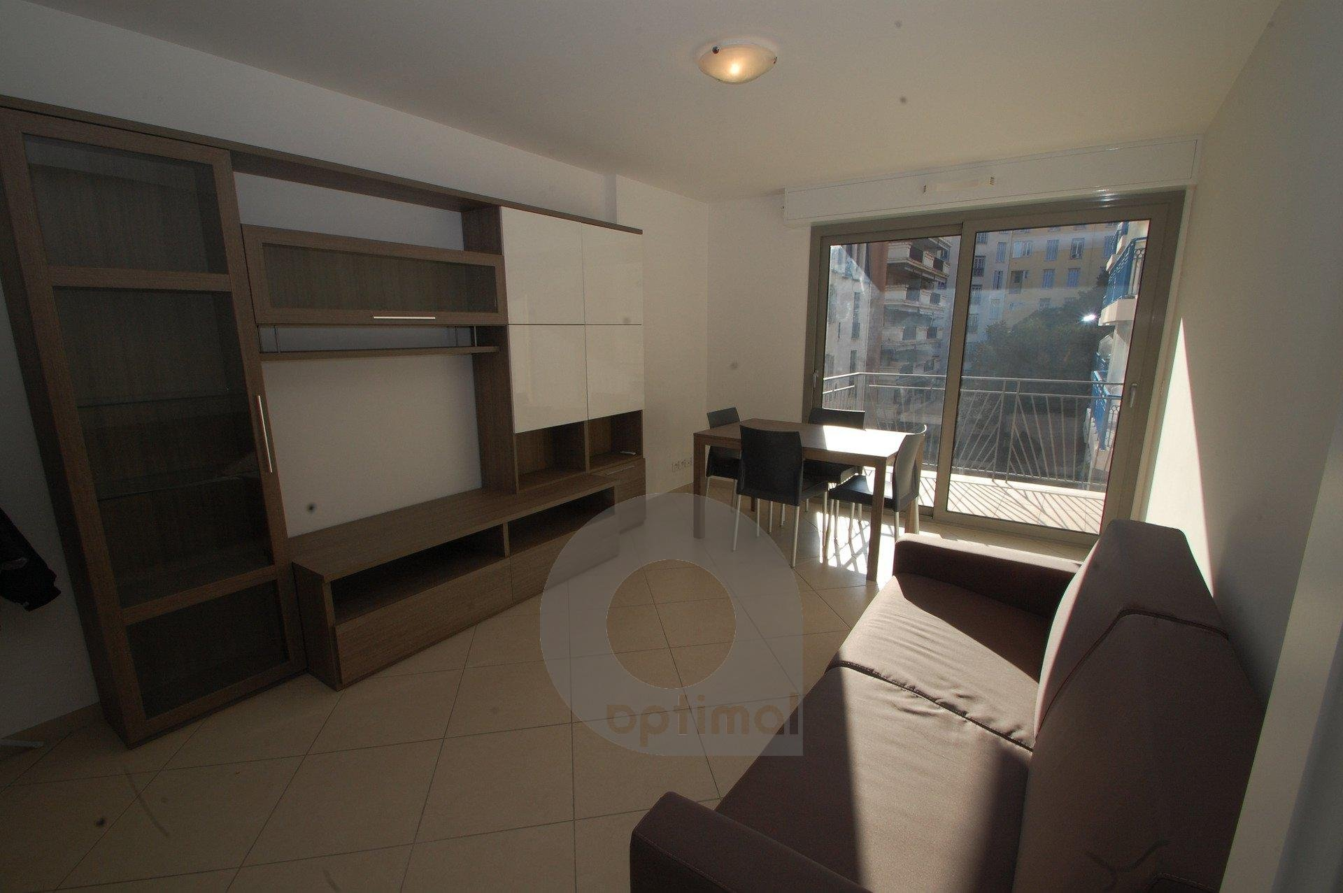 Beautiful new 1bedroom in the center with terrace and park