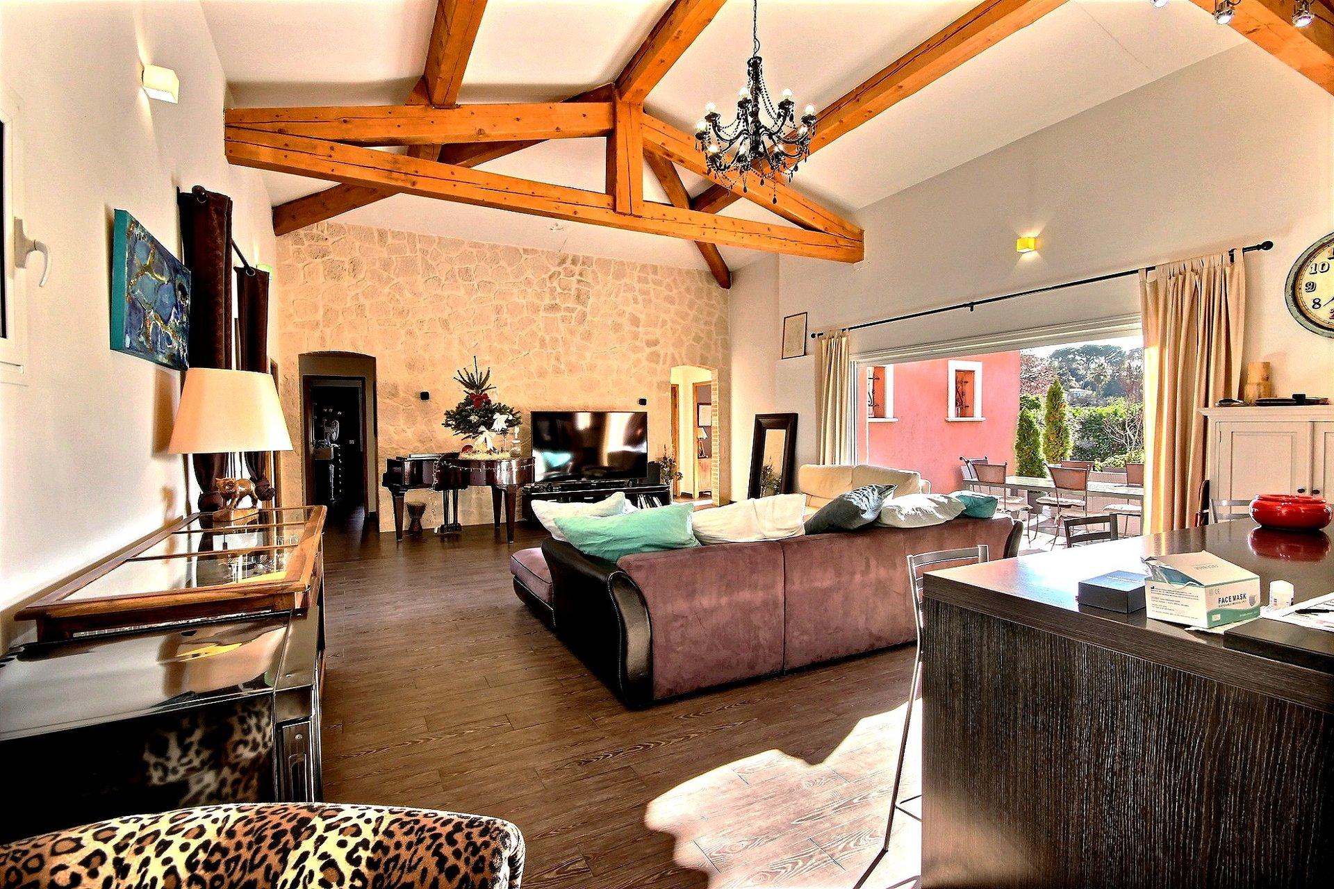 Villa i Mougins till salu