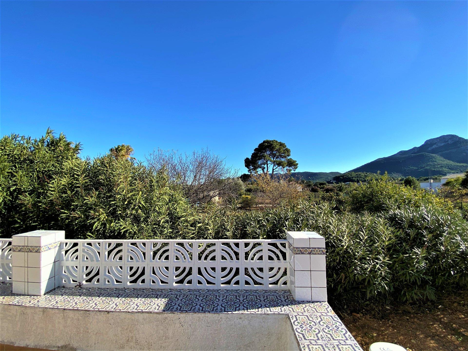 Casa con encanto en zona tranquila y con bonitas vistas