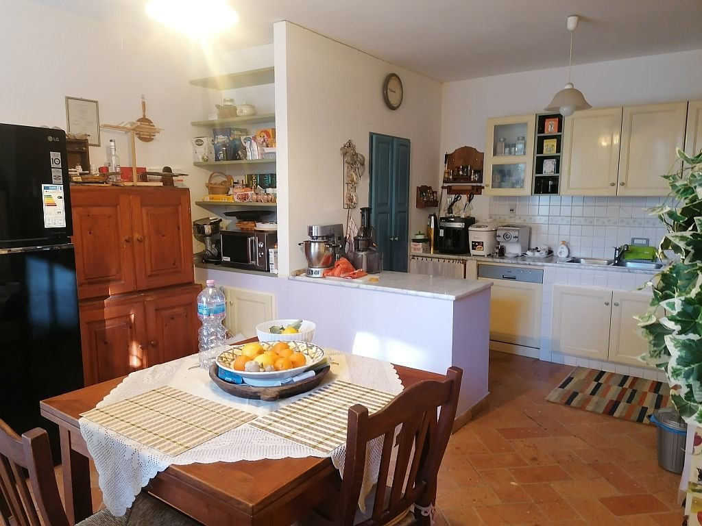 Sale Cottage - San Costanzo - Italy
