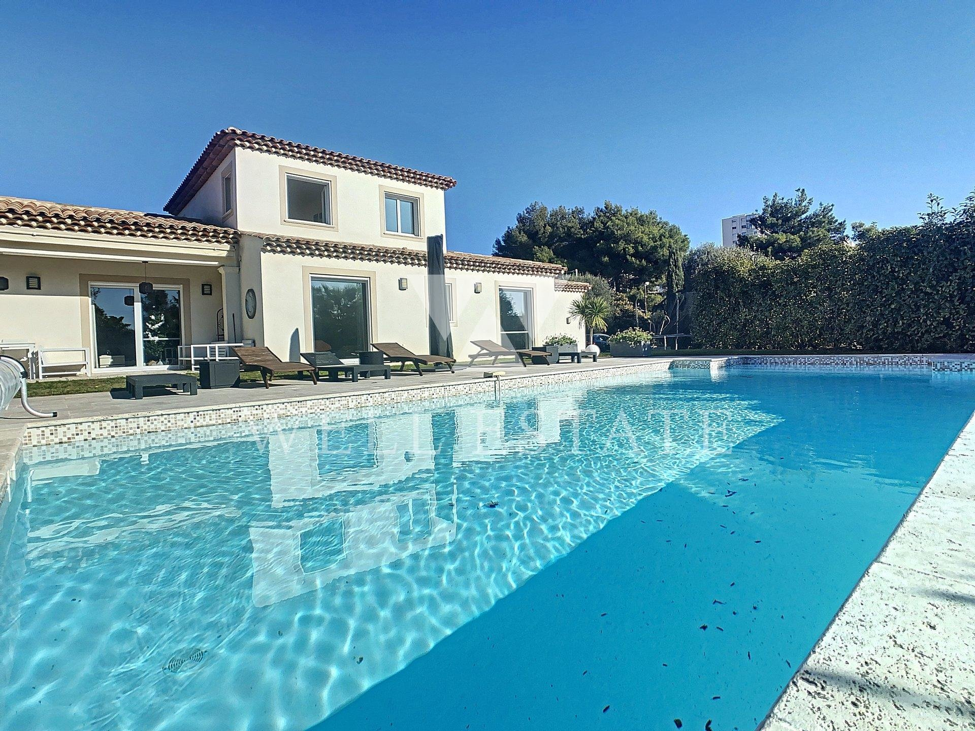 ANTIBES CHARMING VILLA 4 BEDROOMS NICE SWIMMING POOL