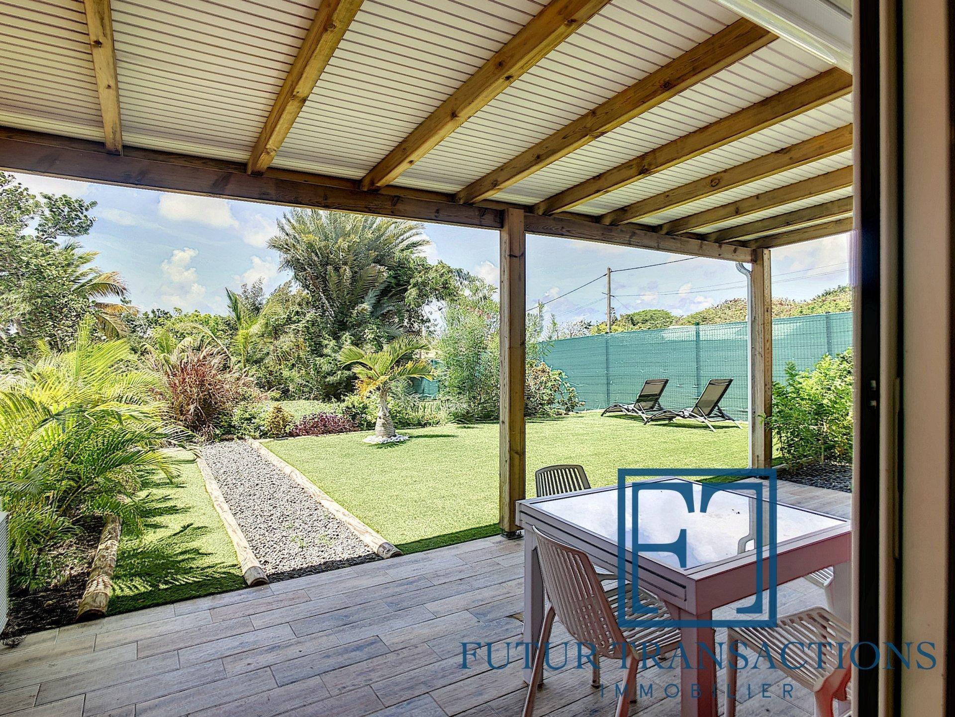 Villa T4 piscine + 2 appartements  T1 et T2