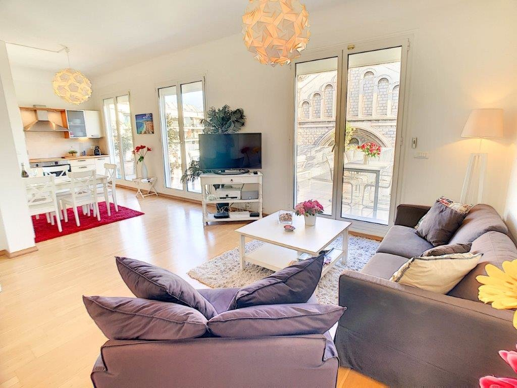 LOCATION - Appartement 3P  Nice Carré d'Or  40m2 Terrasse