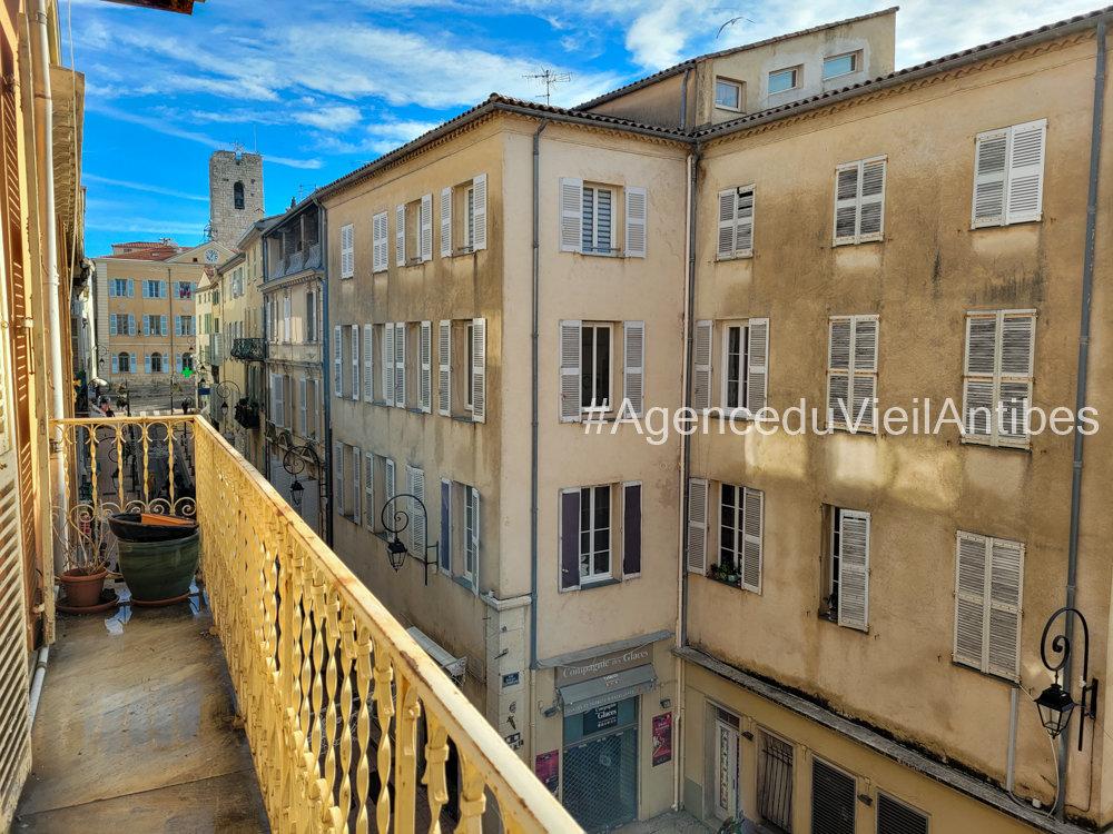 Affitto Appartamento - Antibes Vieil Antibes