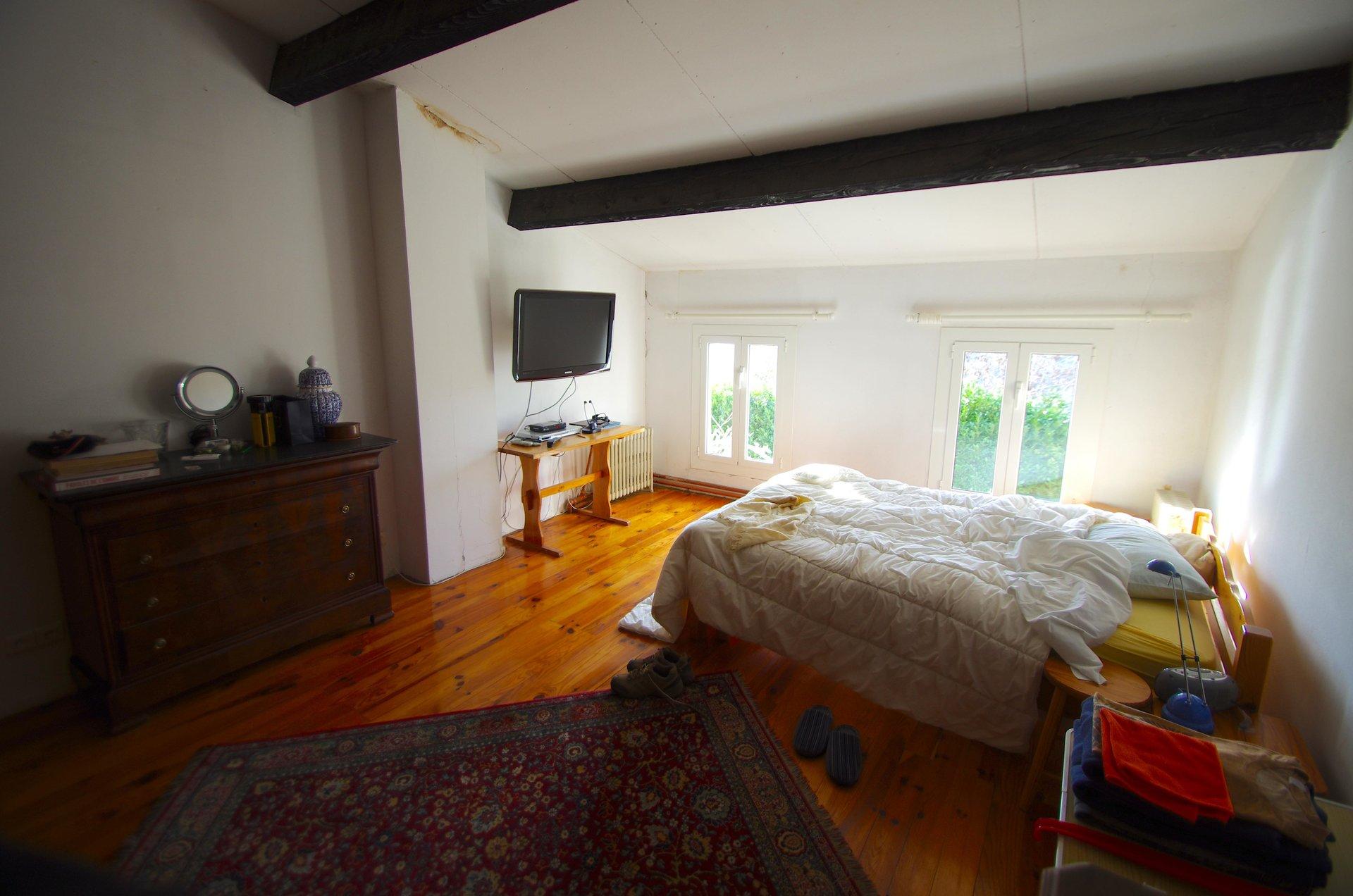 Sale House - Berre-les-Alpes