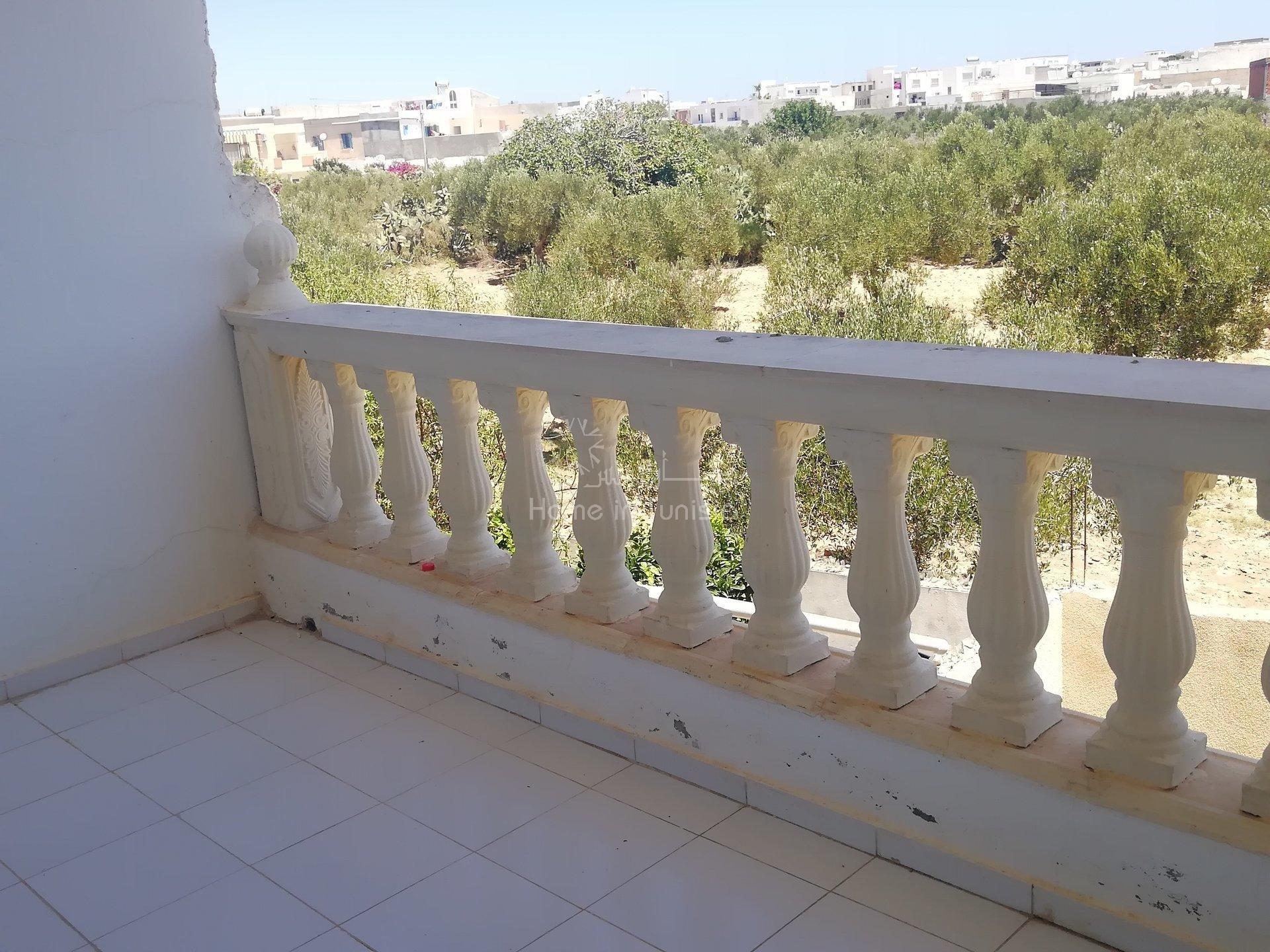 etage de villa + 1 toit constructible
