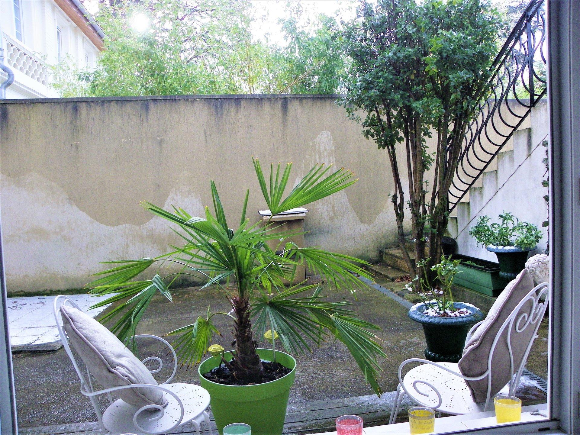 Sale Apartment - Champagne-au-Mont-d'Or