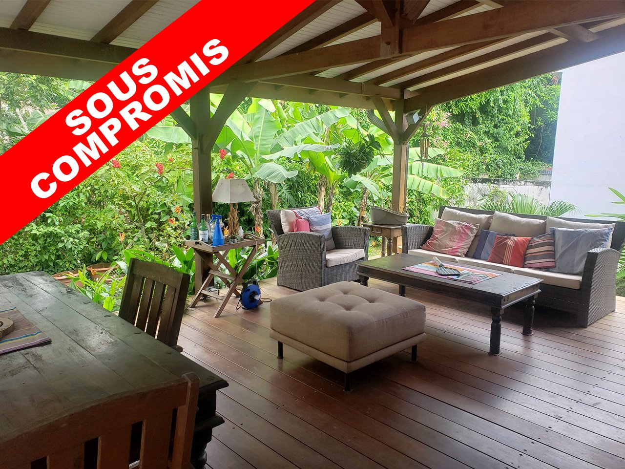 EXCLUSIVITE FORT-DE-FRANCE - CLAIRIERE : Belle villa au calme dans un jardin tropical
