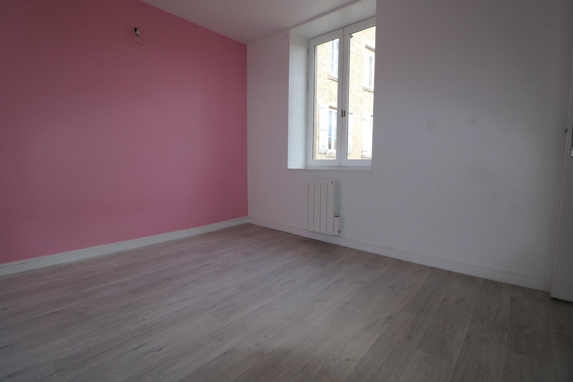 Appartement T3 avec grenier et box