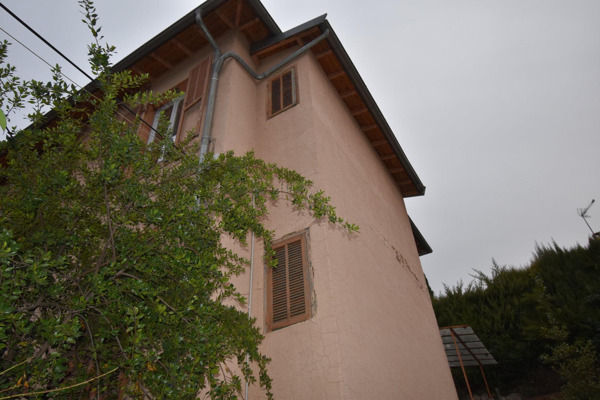 Grand 3 pièces, Nice Chambrun avec jardinet et atelier.