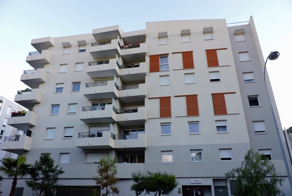 NICE ARIANE, Beau 3p avec terrasse, état neuf