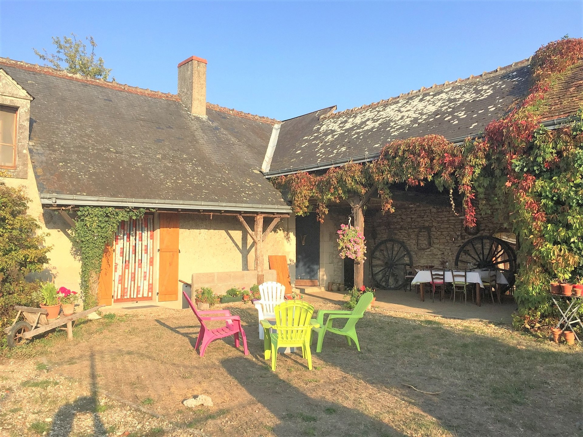 House with covered terrace for sale in the Brenne 36