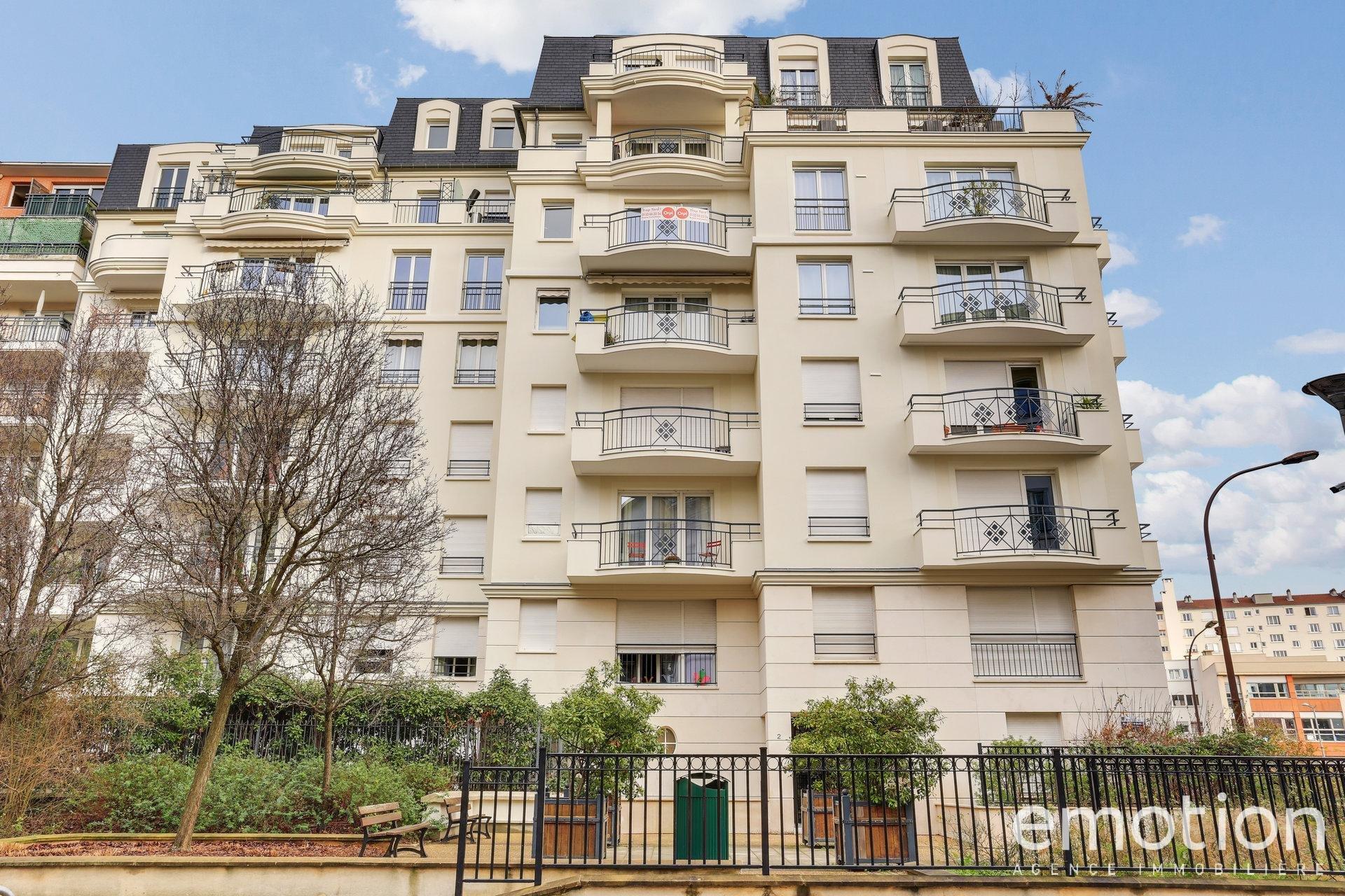 Sale Apartment - Charenton-le-Pont