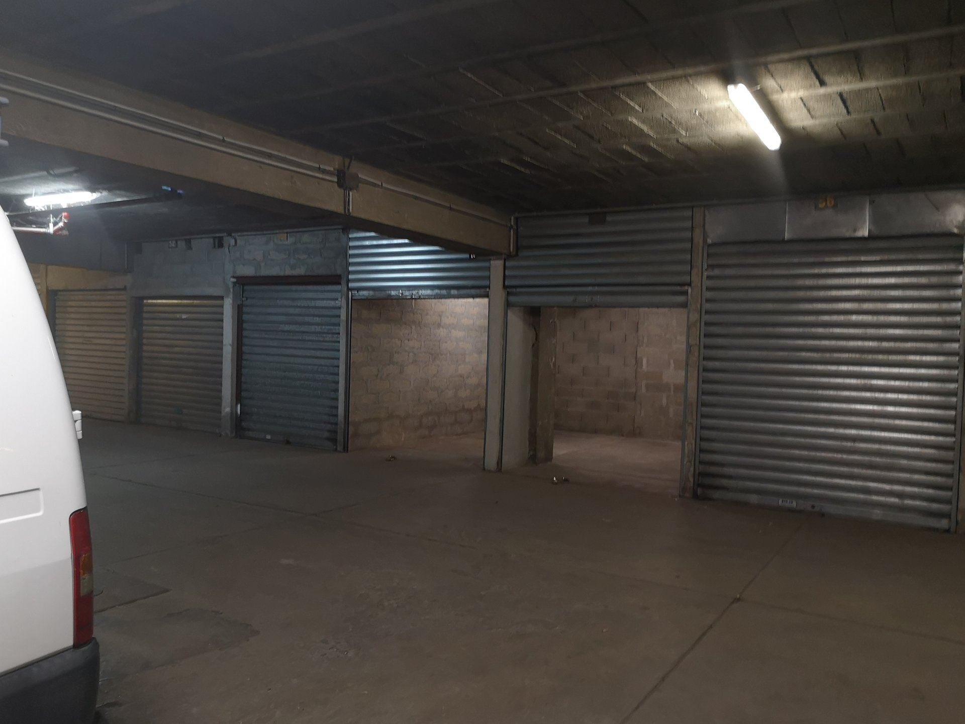 Double Garage La tour