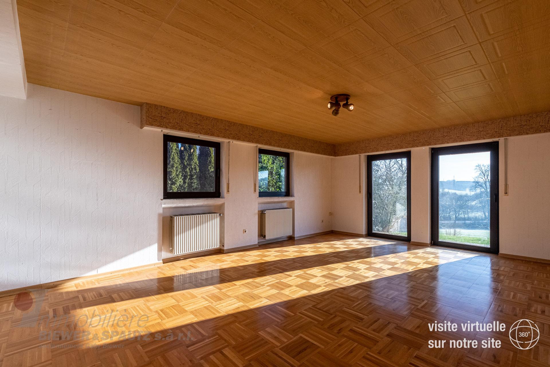 VENDU - maison individuelle avec 4 chàc à Wecker
