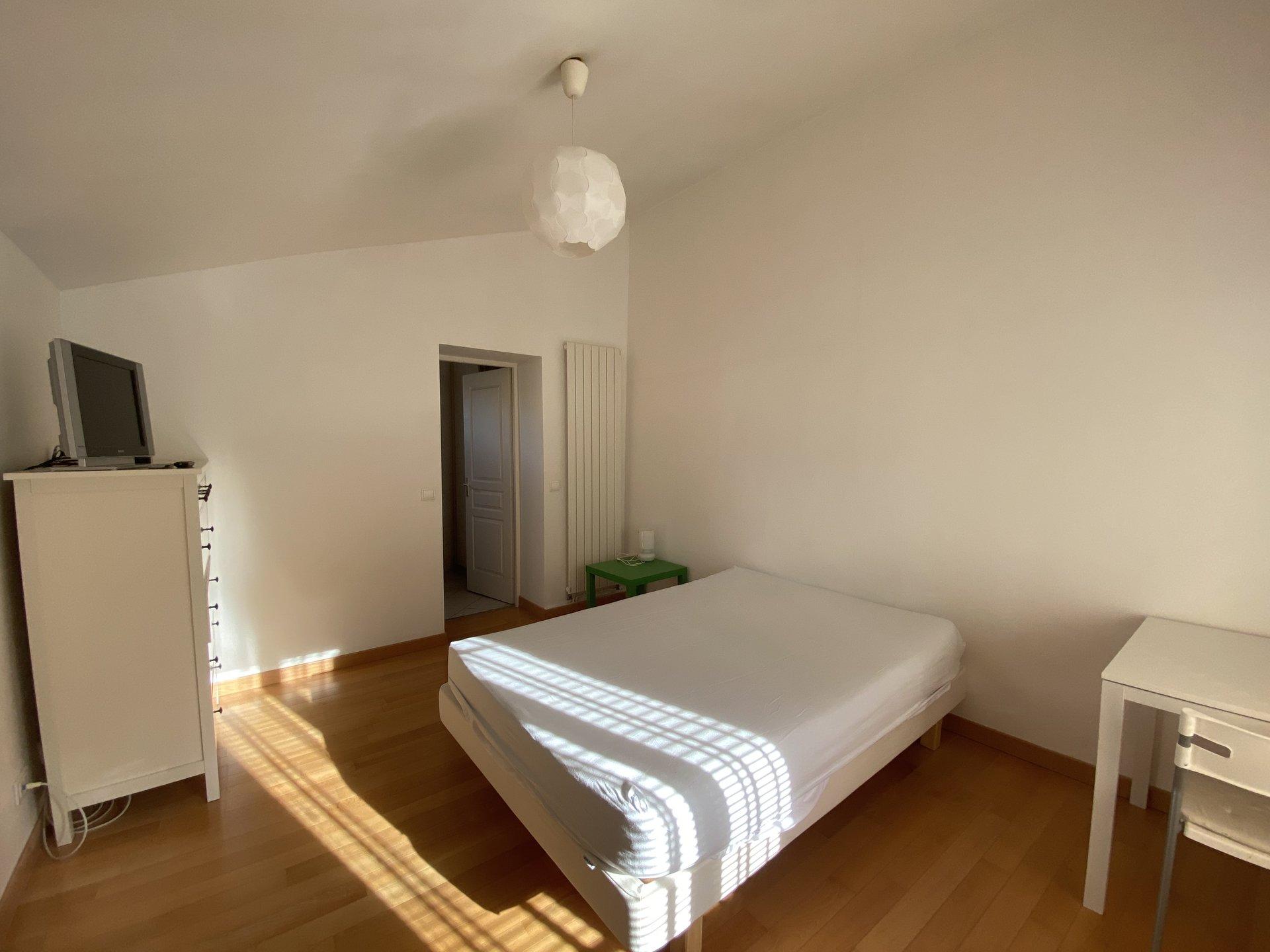 Aix les Thermes, appartement type 2, duplex meublé