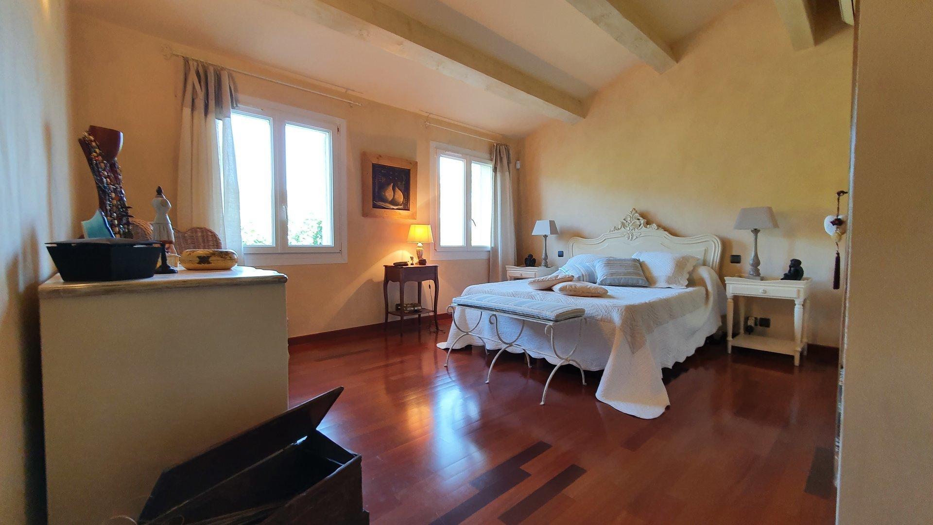 Sale Villa - Méounes-lès-Montrieux