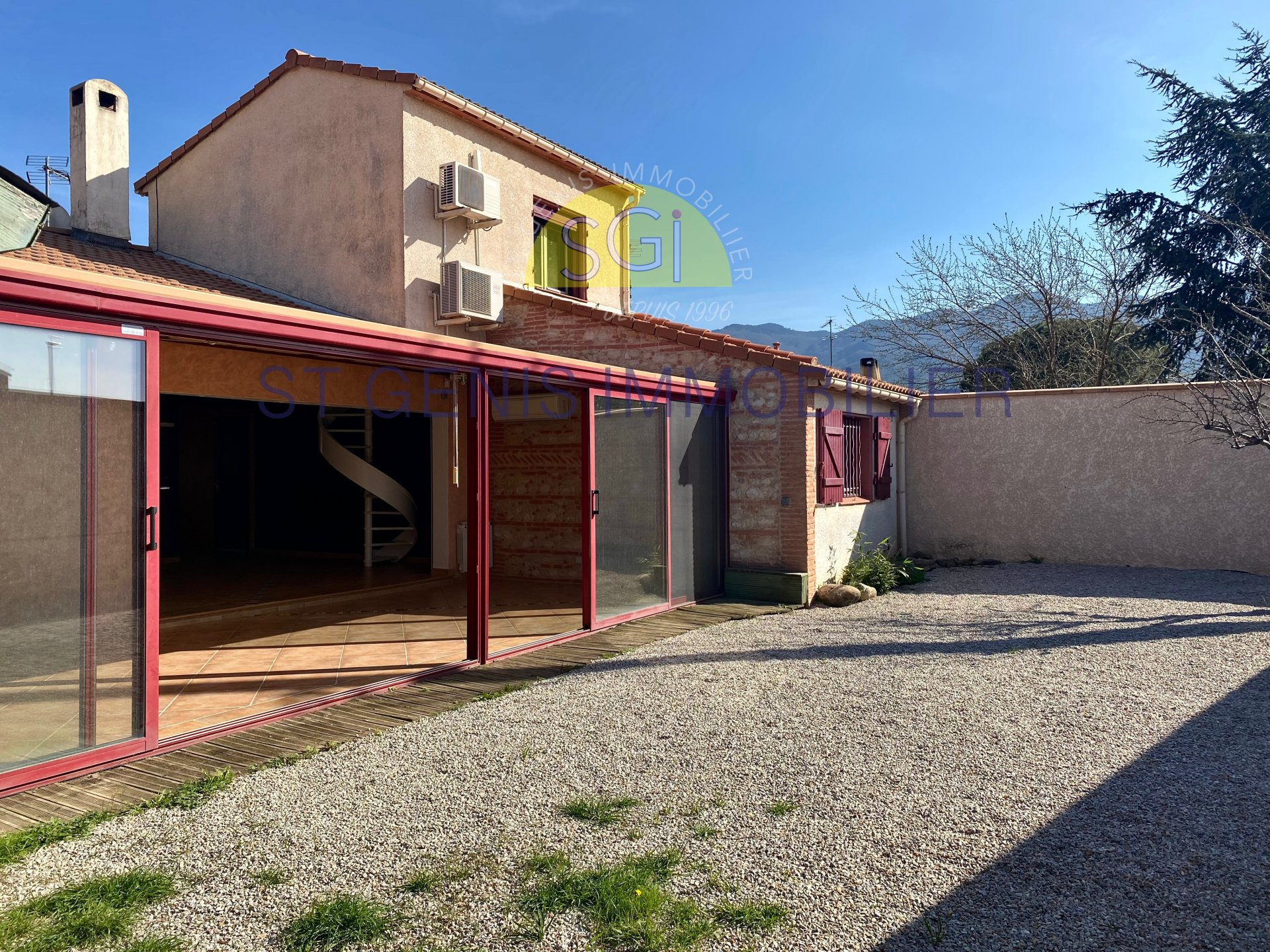 Villa 3 Faces avec garage
