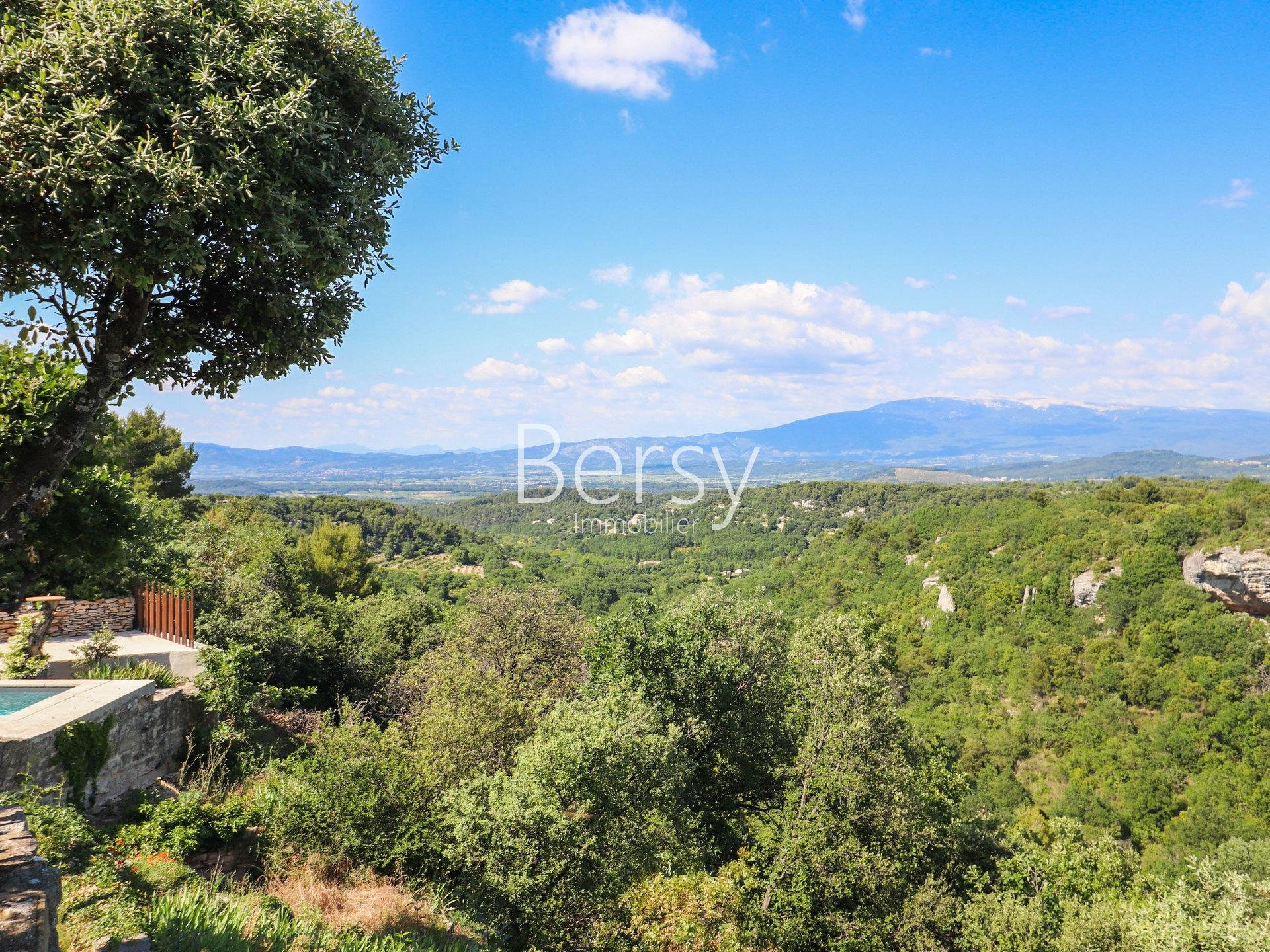 EXCEPTIONAL VIEW - PLAIN FOOT OF 210 M2 - LIVING ROOM OF 80M2
