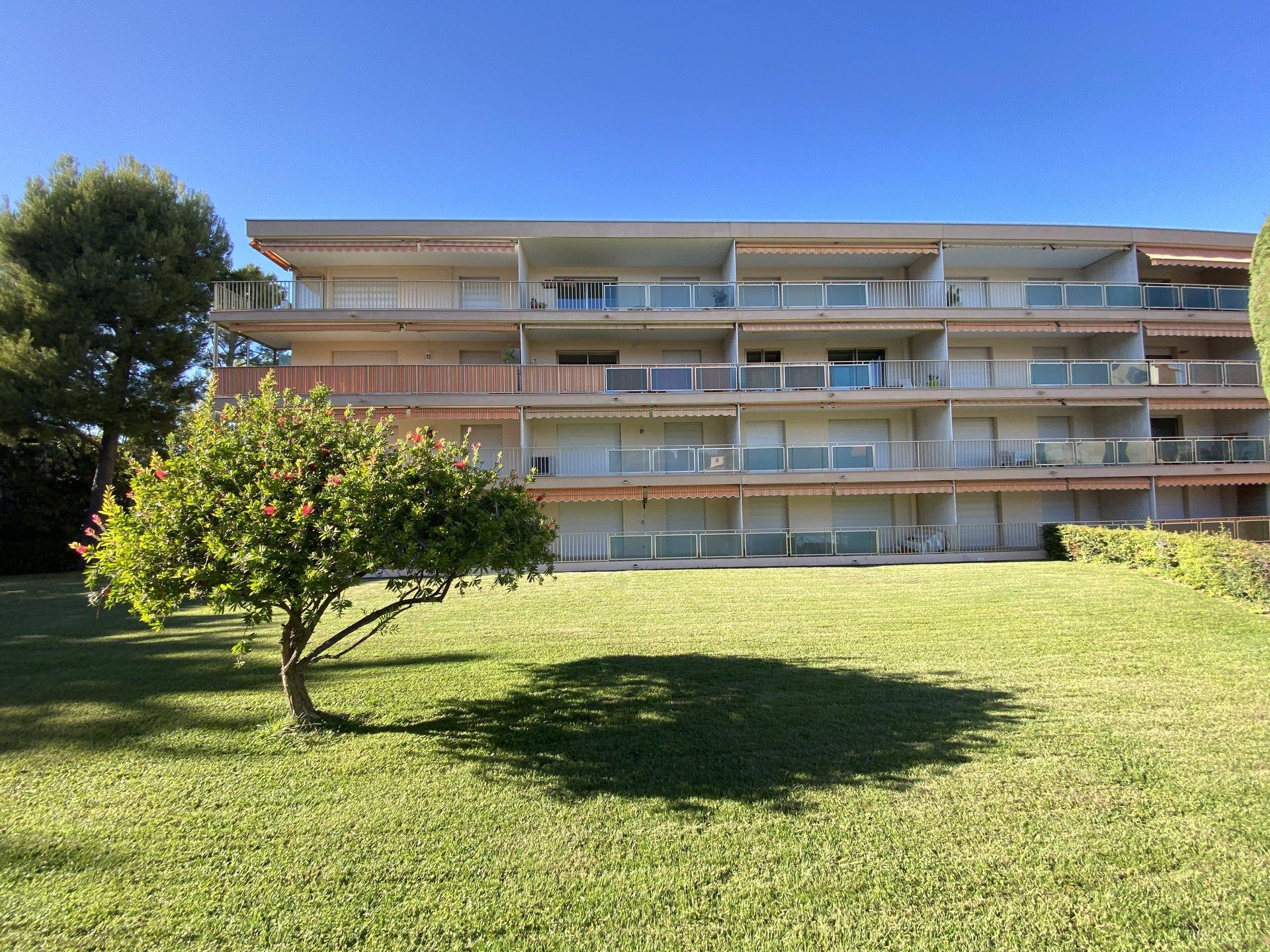 Sale Apartment - Antibes Salis