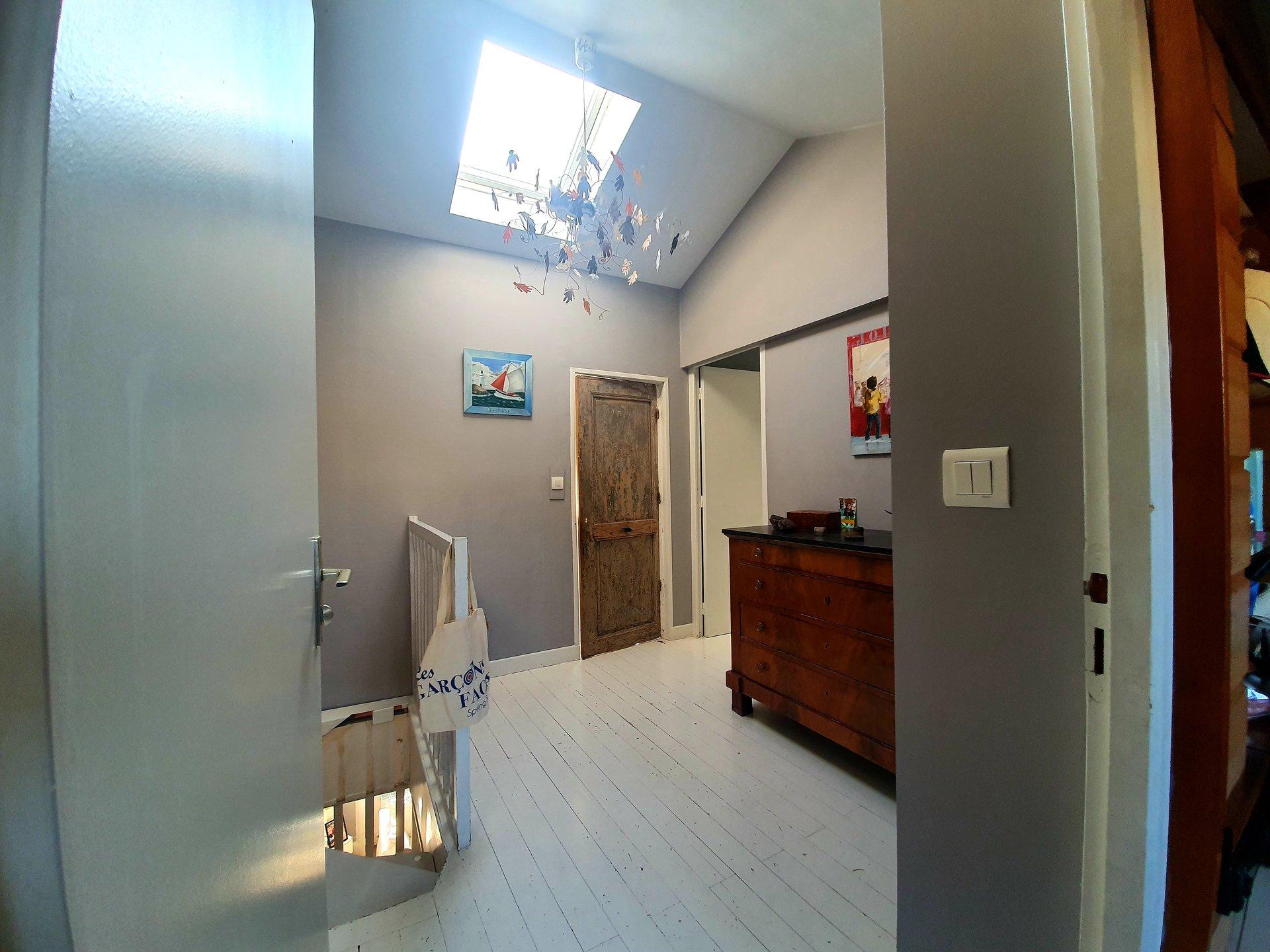 Sale Apartment - Villeurbanne Charpennes