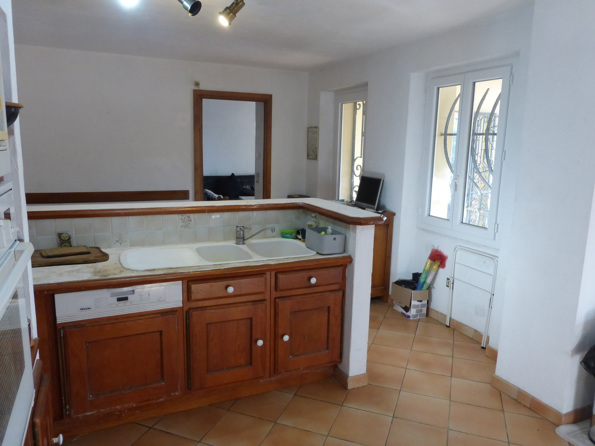 Sale House - Cannes Petit Juas