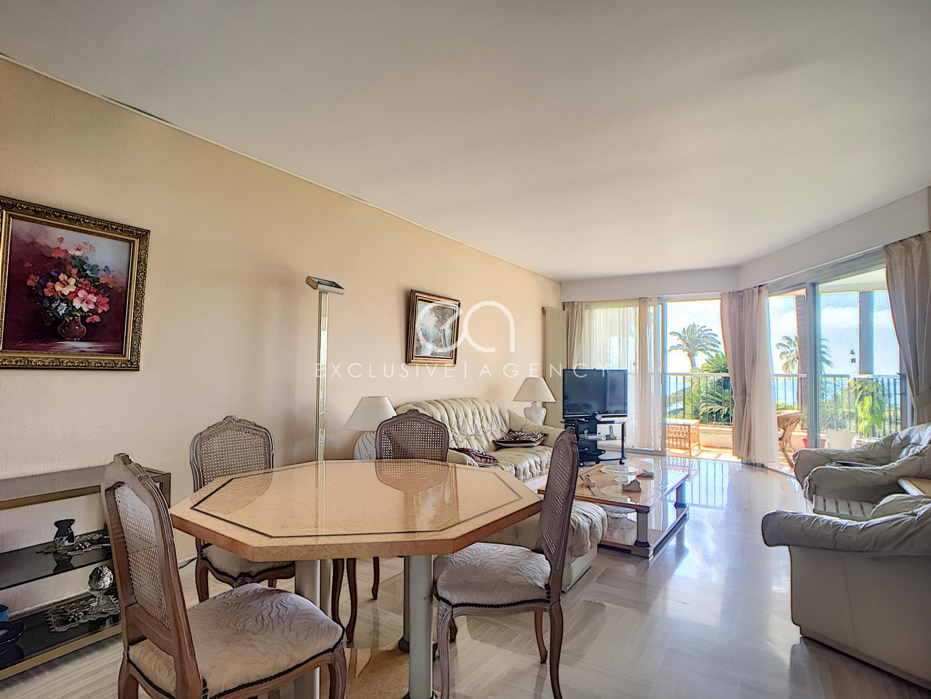 CANNES CALIFORNIE  APARTMENT MIT MEERBLICK