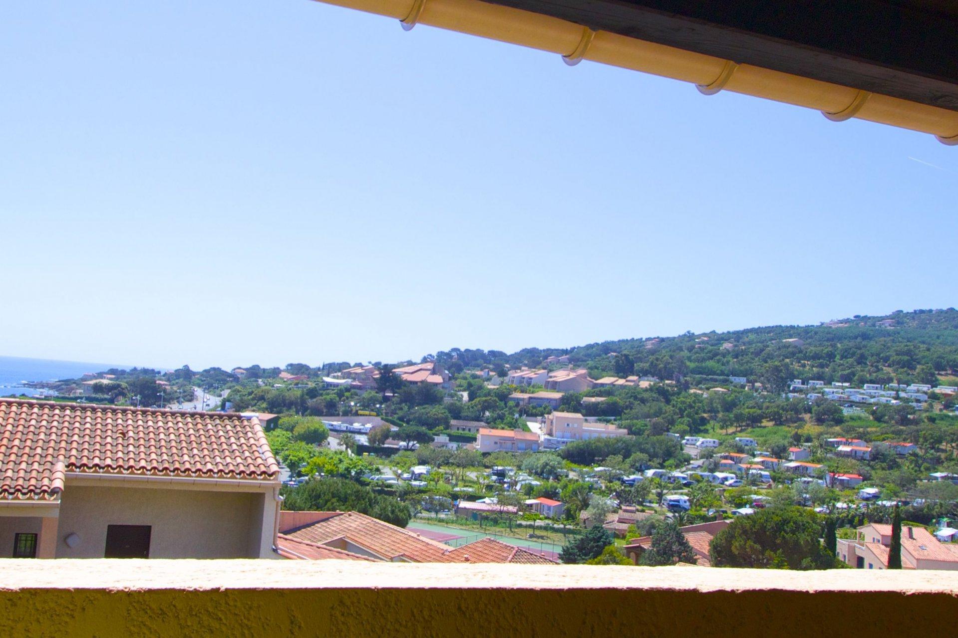 Les Issambres - 3 pièces avec balcon (sud) vue mer, parking privatif ET GARAGE