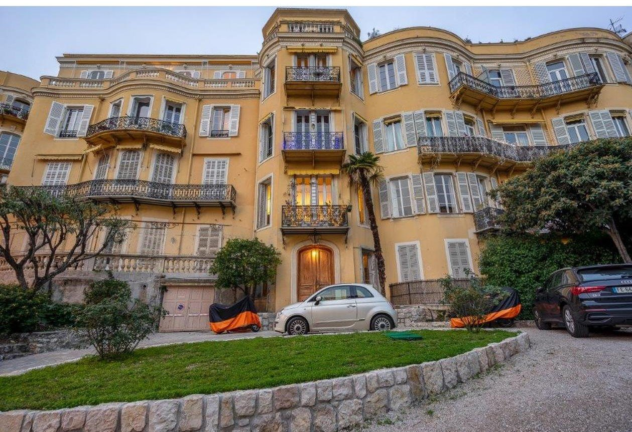5:a med terrass och balkong mot söder - Nice Bas Cimiez