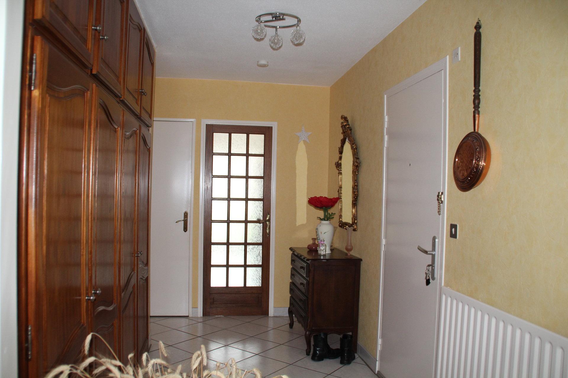 Appartement T4 84.50m² avec 2 balcons + garage