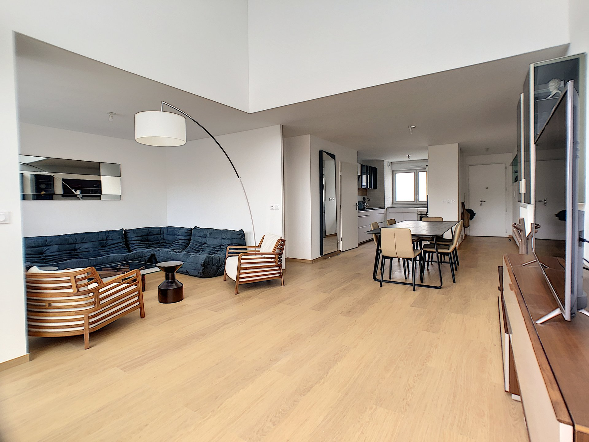 MERIDIA ECO VALLEE,  4 P duplex, denier étage, solarium, parking