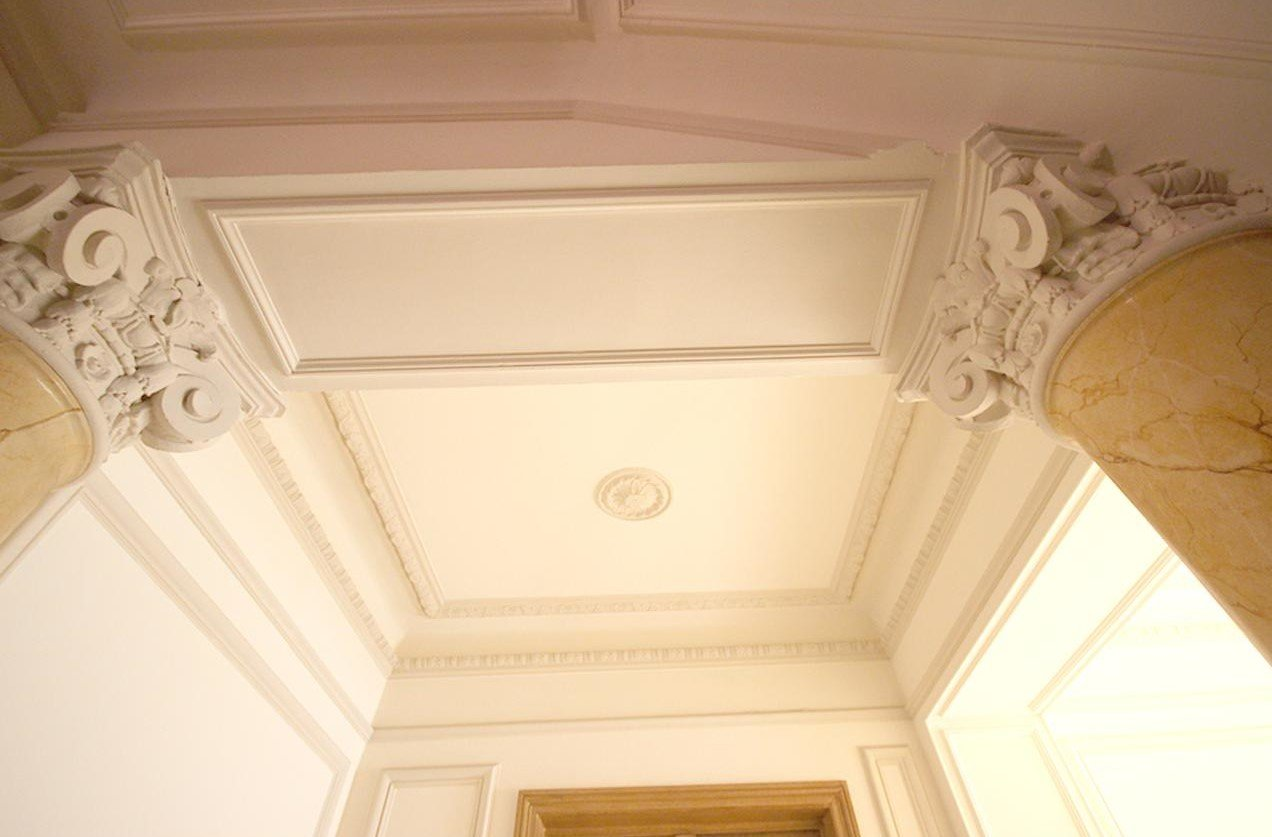 Nyrenoverad 3:a i vacker byggnad - Nice Carré d'Or