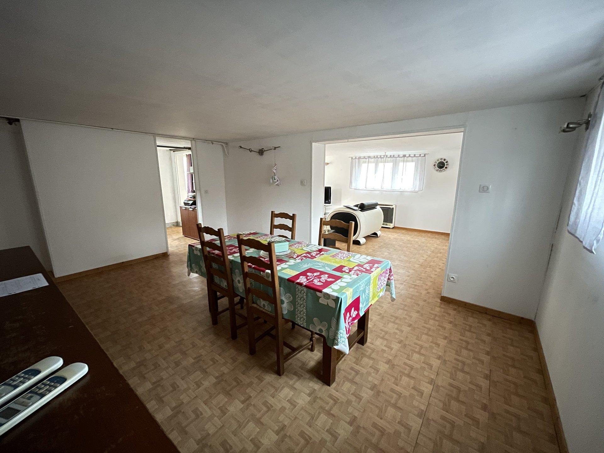 Sale House - Béon