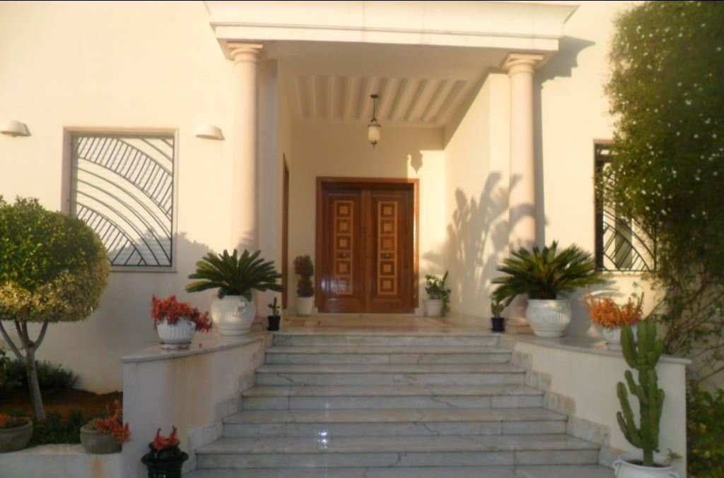 Sale Villa - Les Berges du Lac - Tunisia