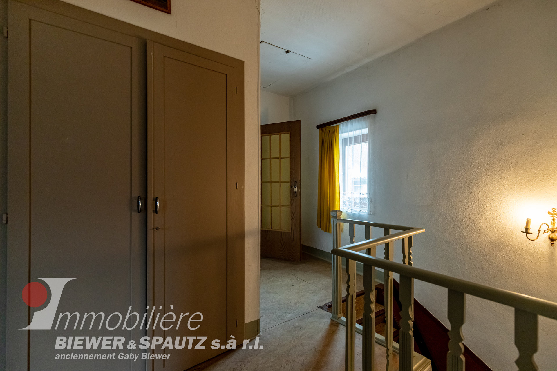 SOLD - detached house to renovate with 4 bedrooms in Gostingen
