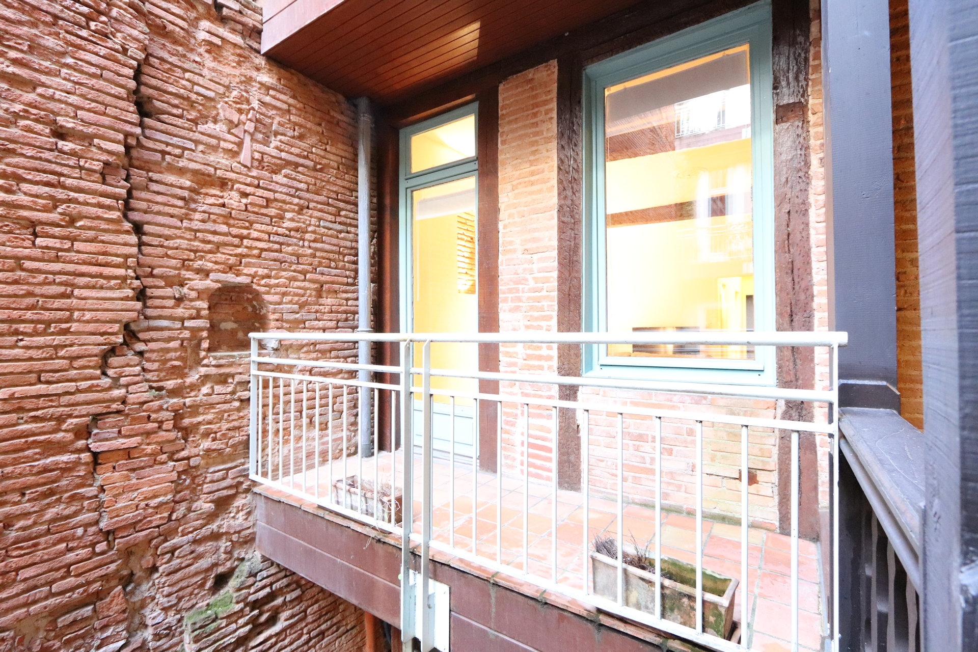 T3 all furnished and equipped - high standing - in the heart of CARMES