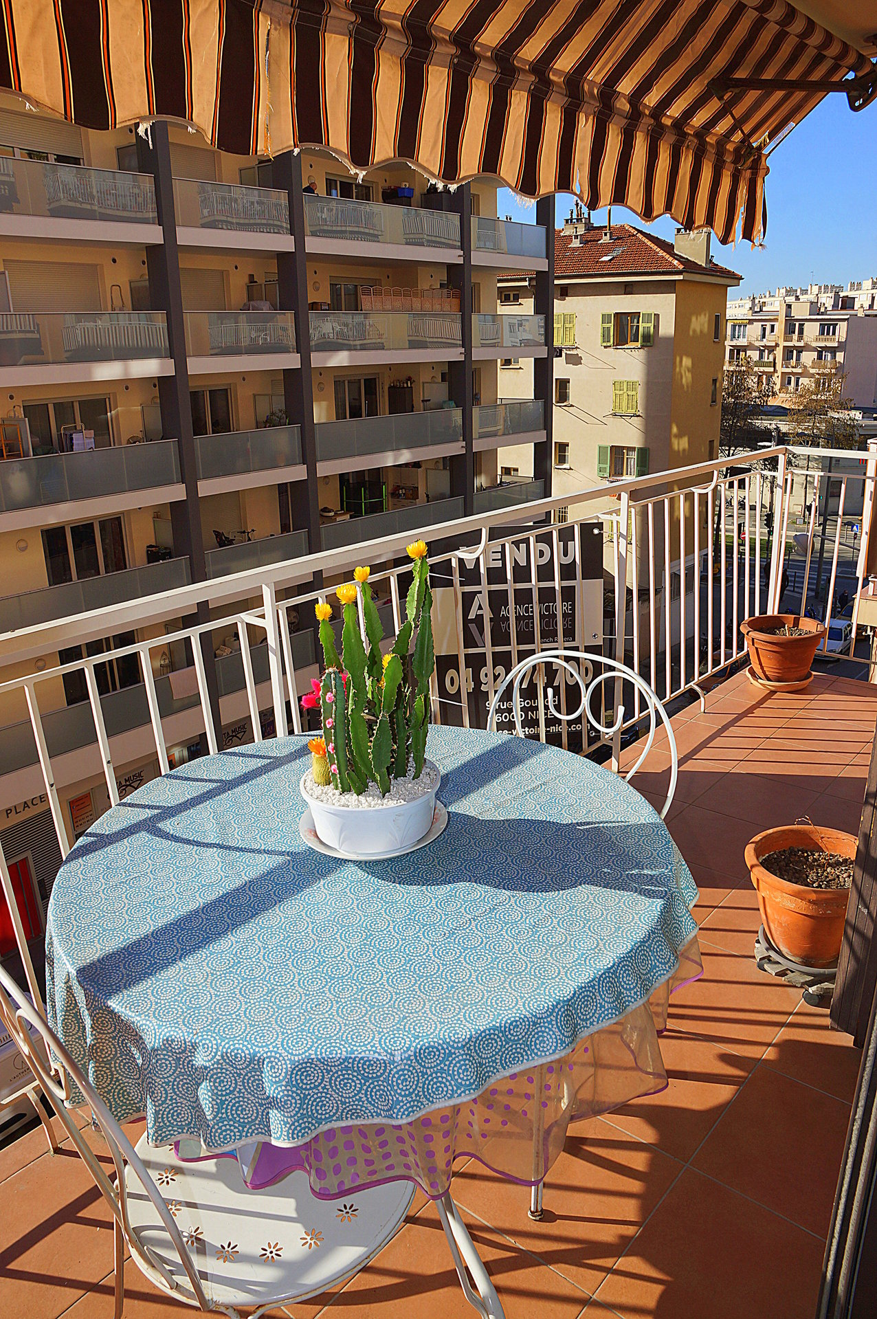 BAS SAINT ROCH - 3 ROOM APARTMENT WITH BALCONY