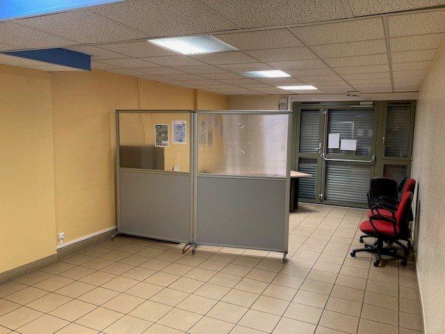 L'ABRESLE VENTE MURS COMMERCIAUX CENTRE VILLE