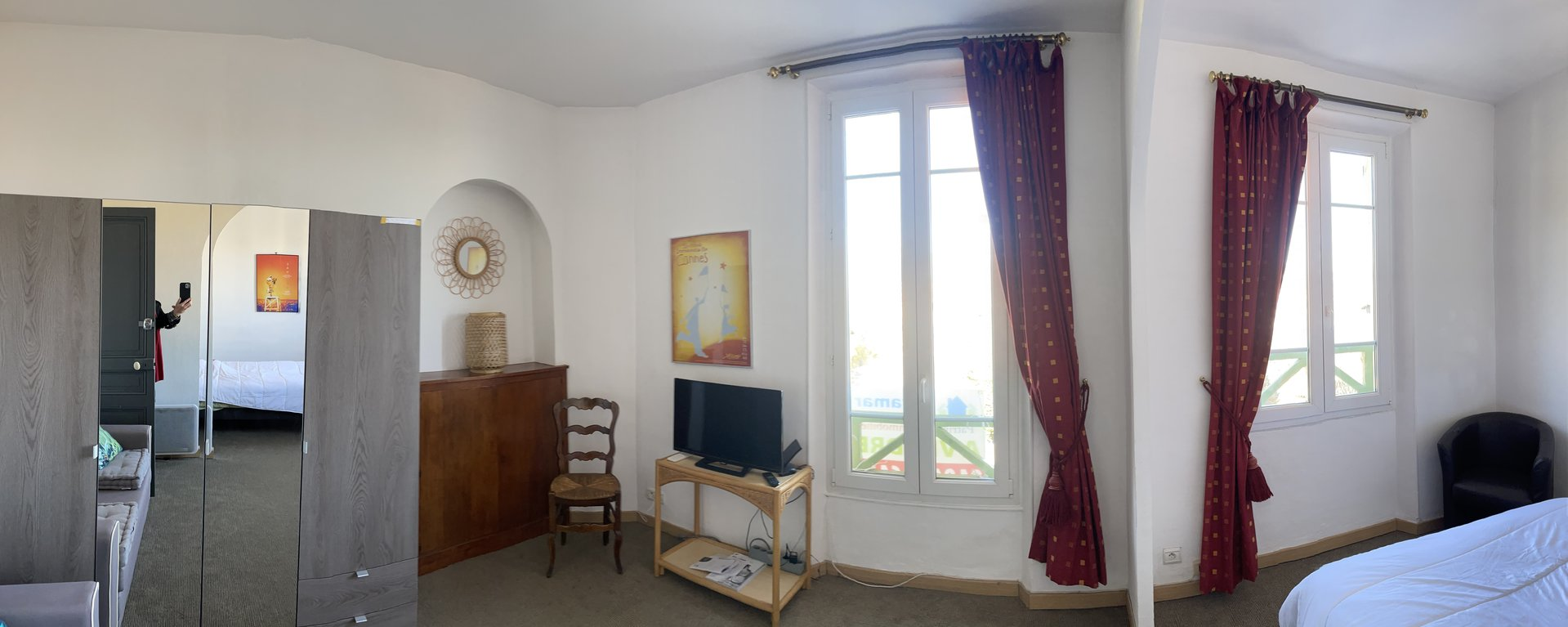 3 room apartment with Estérel view and beautiful sea view